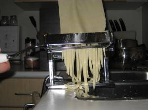 cutting-noodles2